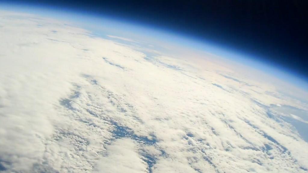 宇宙からの地球の写真